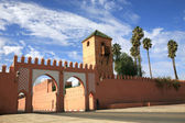 Gate in traditional oriental style in Marrakech, Morocco — Stock Photo