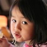 Children eating — Stock Photo