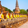 Buddha statues at the temple of Wat Yai Chai Mongkol in Ayutthay — ストック写真