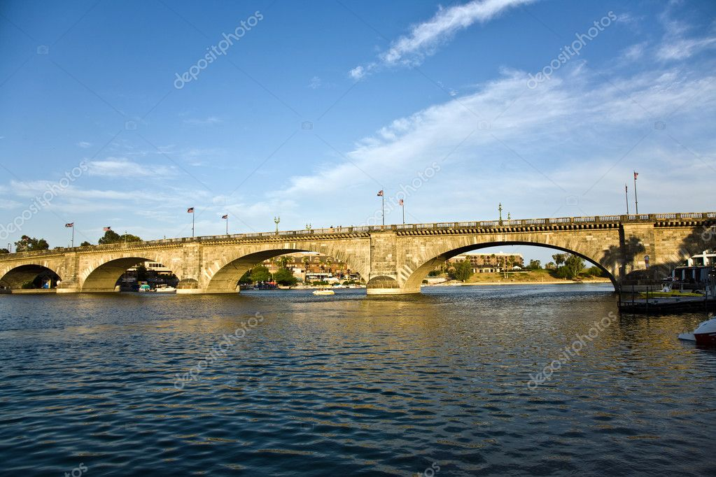 london bridge lake havasu arizona. london bridge lake havasu