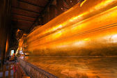 The giant Reclining Buddha in Wat Pho, Thailand — 图库照片