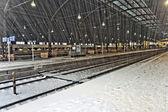 Heavy snow in Train Station in Wintertime — Stock Photo