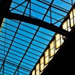 Trainstation in Wiesbaden, glass of roof gives a beautiful harmo - Foto Stock