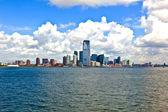 New York City panorama with Manhattan Skyline over Hudson — Stock Photo