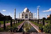 White marble Taj Mahal in India — Stock Photo