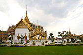 Temple Phra Tinang Aporn Phimok Prasat Pavillon in the grand pal — Stock Photo