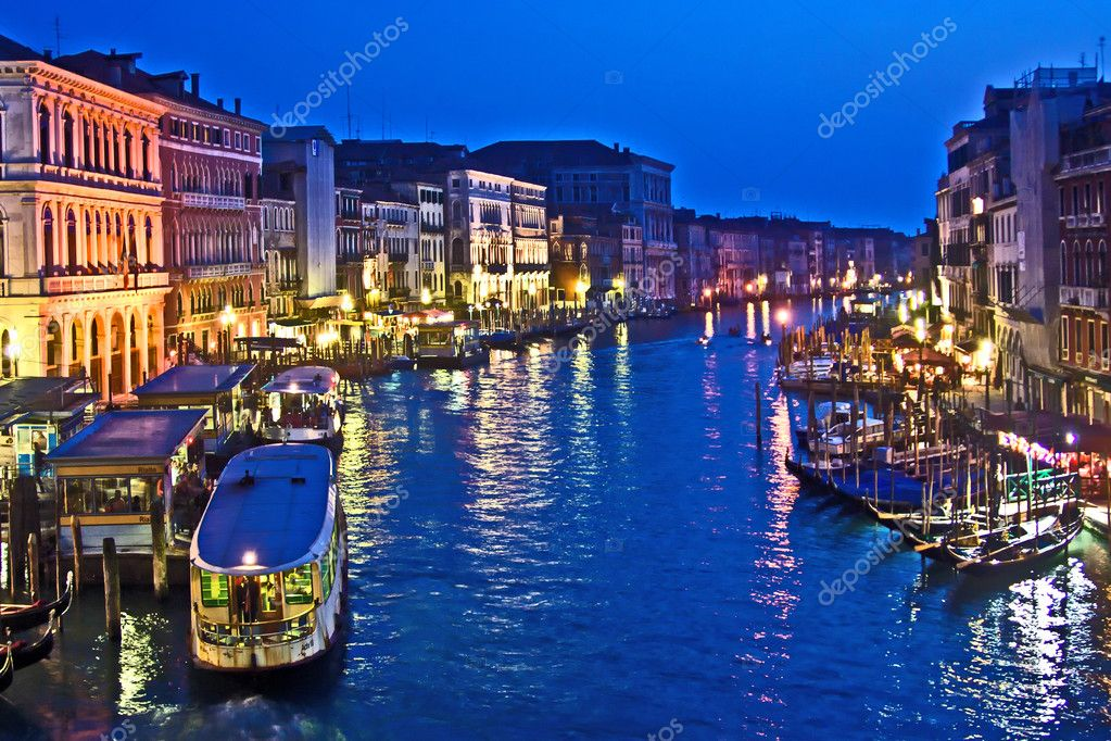 Canale Grande in Venice by night — Stock Photo #5620027