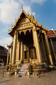 Famous temple Phra Sri Ratana Chedi covered with foil gold in the inner Gra — Stock Photo