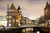 Speicherstadt por la noche en hamburgo — Foto de Stock