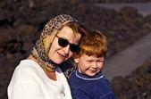母と息子赤毛の肖像画 — ストック写真