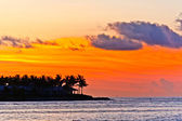Sunset in Key West with beautiful clouds in warm colors — Stock Photo