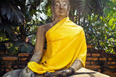 Monastery Wat Na Phramane in Ajutthaya with famous buddha statue — Stock Photo