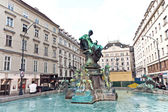 Famous Donner fountain at the Neuer Markt — Stock Photo