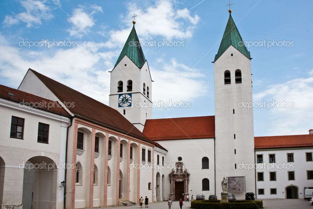 Freising, famous cathedrale, dome  Mariendom, Bavaria — Stock Photo #5684928