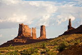 Stagecoach and Bear & Rabbit are giant sandstone formation in — ストック写真