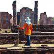 Workers in temple areWat PhrSi Sanphet, Royal Palace in Ajut — Stock Photo #5815244