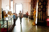 Boy takes a picture in monastery Wat Na Phramane — Stock Photo