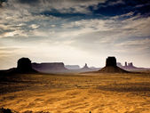 Giant Buttes, formations made of sandstone in the Monument vall — Stock Photo