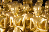 Buddhas in the temple of the thousand Buddhas in bangkok with be — Foto de Stock