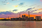 Sunset with cityview of Frankfurt with river Main — Stock Photo