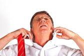 Man binding his tie — Stock Photo