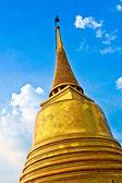 Temple Wat Saket, the golden mountain — Stock Photo