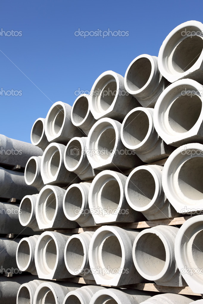 Stacked concrete drainage pipes  — Stock Photo #5825989