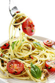 Pesto and Tomato Spaghetti — Stock Photo