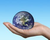 Earth in hand — Stock Photo