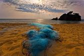 рыболовные сети и восход солнца — Стоковое фото