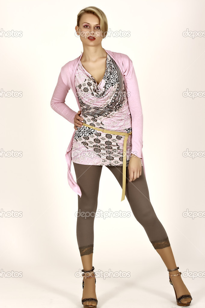 Model in studio with stylish summer clothes — Stock Photo #6078081
