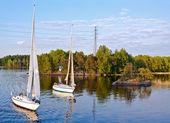 Yachts on a lake — Stock Photo