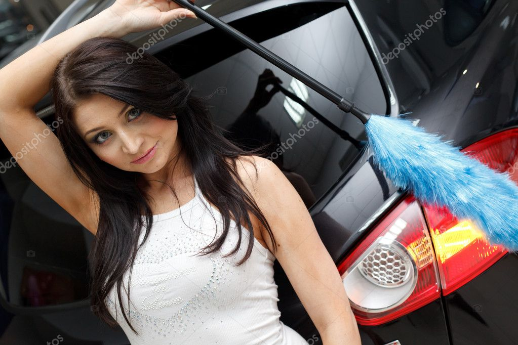 Young woman with New car — Stock Photo #5573803