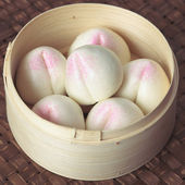 Asiatiska persika bullar — Stockfoto