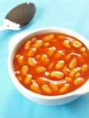 Bowl of baked beans — Stock Photo