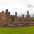 Overall of ruin Buddhist church in sukhothai — Stock Photo