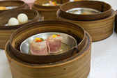 Ham Dimsum in bamboo container closed up — Stock Photo