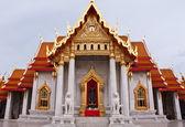 The back of Wat Benchamabophit's church — Stock Photo