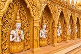 Angel duvar genel eğilmiş budist tapınağı — Stok fotoğraf
