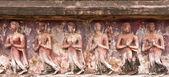 Ruïne van boeddhabeelden op de muur — Stockfoto