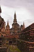 Ruin and ancient pagodas in sukhothai — Stock Photo