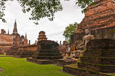 Buddha statue among pagoda of wat mahatat in sukhothai — Stock Photo