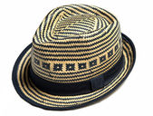 Cappello di paglia isolato su bianco — Foto Stock