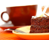 Delicious Piece Of Moist Chocolate Cake With Coffee — Stock Photo