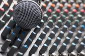 Tekstury mikser dźwięku z mikrofonu — Zdjęcie stockowe