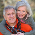 Senior couple in countryside — Stock Photo #5698036