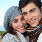 portret szczęśliwy pary w jesieni — Zdjęcie stockowe #5698432