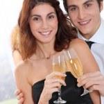 Couple celebrating new year's eve — Stock Photo