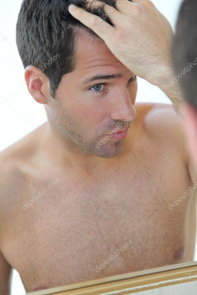 Жирные волосы и выпадение волос у мужчин