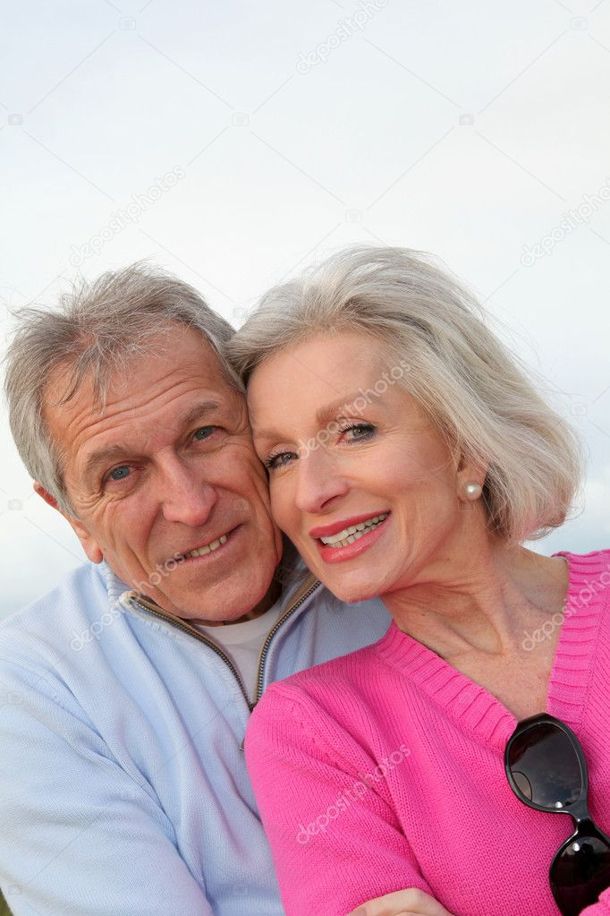 Closeup of happy senior couple  — Stock Photo #5697724